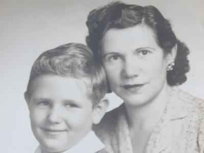 A young Mort and his Mum